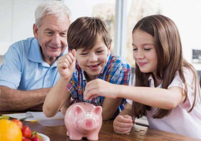 dạy trẻ quản lý tiền