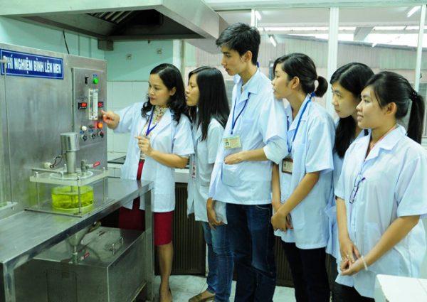 Ngành công nghệ thực phẩm học trường nào tốt nhất